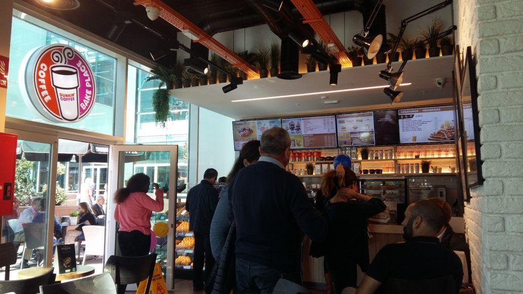 Dunkin' Coffee abre un nuevo Restaurante en el centro comercial Plaza Río 2 2